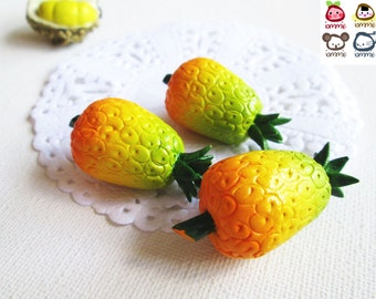 Miniature Pineapple, pineapples, Ceramic Vegetables, ceramic fruits, food figurine, miniature food, mini vegetables, dollhouse, tiny, iammie