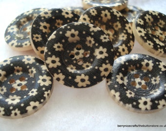 25mm Wood Buttons Cream and Black Print Pack of 10 Black Buttons W2516