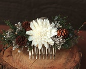 Winter Wedding Hair Comb, Rustic Winter Wedding Hair Accessory, Sola Flowers, Juniper and Pinecone Hair Accessory, Holiday Wedding Hair Comb