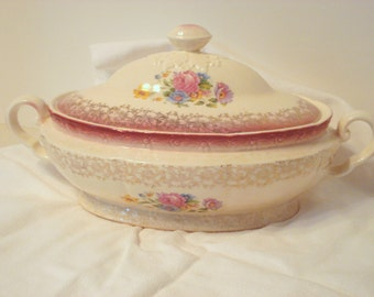 Vintage Shabby Serving Dish New Yorker by Salem China Covered Shabby Cottage Chic Pink Rose