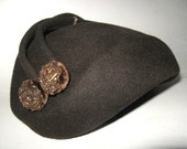 Vintage 1940s JEWELED Cocoa Brown Felted Wool Tilt Tippy HAT..Amber Bead Velvet Ball Dangles & Banded Ribbon...W W II Swing Era Millinery