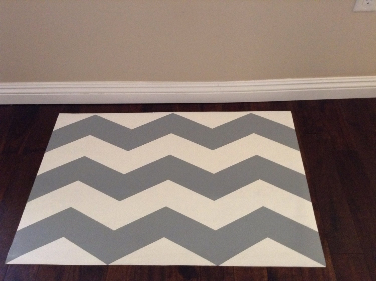 Floor mats kenya - Hand Painted Vinyl Floor Mat Grey And White Chevron