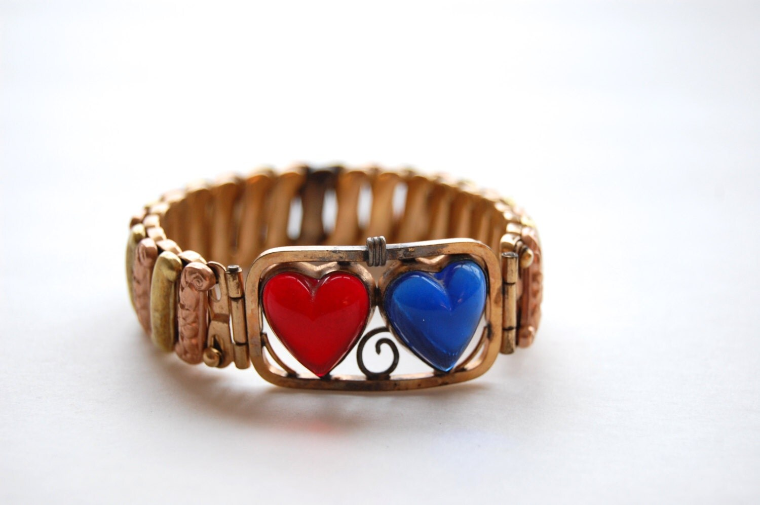 Vintage Red Blue Sweetheart Bracelet By Midwestattictreasure. Male Necklace. Big Gold Necklace. Large Gold Lockets. Brown Rings. 1 5 Ct Diamond. Square Cut Diamond Earrings. Butterfly Sapphire. Celtic Necklace Pendant