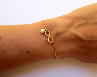 Gold Infinity Bracelet, Dainty Gold Bracelet, Dainty Charm Bracelet, Dainty Infinity Jewelry, Friendship Bracelet, Tiny Infinity Jewelry
