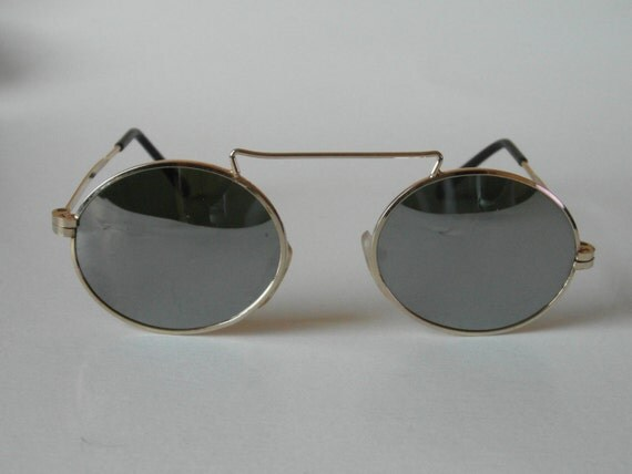 Gold Frame Oval Sunglasses : Vintage Gold Oval Frame Sunglasses