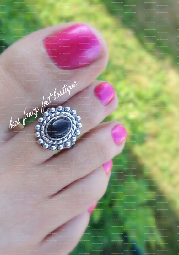 Toe Ring - Onyx Stone - Silver Metal Plate Stretch Bead Toe Ring