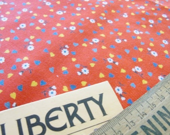 Vintage LIBERTY Red Floral / Spray flower Fabric 30cm Sq