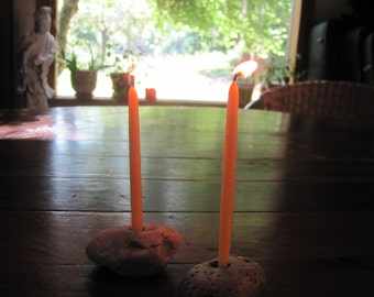 Beach Rock Candle Holder and 100 Beeswax Candles (burn time:40 minutes)