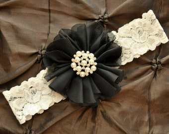Wedding Garter, Bridal Garter - Ivory Lace Garter, Keepsake Garter, Toss Garter, Ivory Wedding Garter Belt, Black Wedding Garter