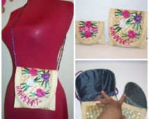 "Vintage "" Bahamas "" 2 Piece Matching Straw Purse and Wallet Set Colorful Flower Accents Purse / Handbag / Wallet"