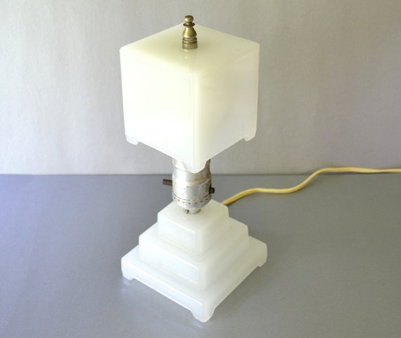 Art deco milk glass table lamp and shade houze type Types of table lamps