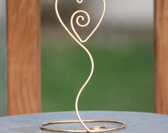 10 Heart with Swirl Wire Picture Holder