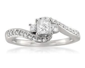 14k White Gold Three-Stone Princess-cut & Round Diamond Engagement Ring (1/2 cttw, H-I, I1-I2)