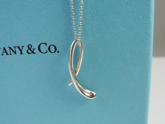 tiffany co elsa peretti letter l alphabet pendant necklace sterling silver