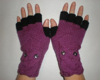Hand-knitted purple color gloves with black half fingers and knitted owl