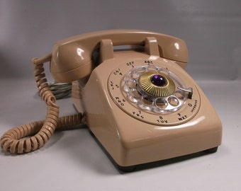 Retro Beige Desk Telephone By Western Electric For Bell System.epsteam