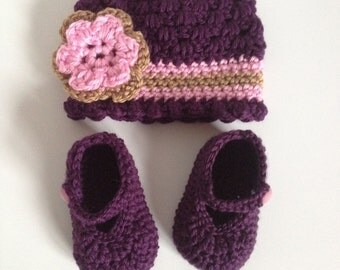 Crochet Hat and Bootie Set, 0-3 Months