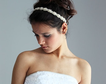 Wedding headband,  Bridal Headband,  Bridal Hair Accessory, Rhinestone and Pearl  headband, Wedding hair Accessory