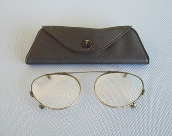 1940s Clip On Eyewear With Case
