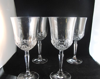 Genuine lead crystal wine glasses  (4 glasses).