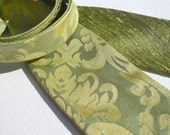 Mens self tie bow tie, elegant damask pattern, pure silk, lime yellow greenish ornamental jacquard, reversible, unique style a groom wedding