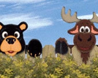 Set of 2, Bear & Moose Fence Peekers