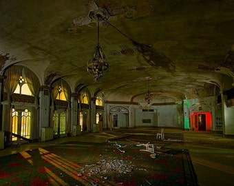 Ghost Adventures show Antique PARANORMAL BAKER HOTEL
