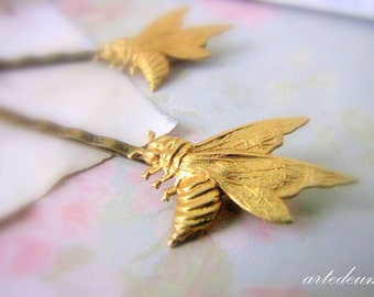 Bridal Hair pin Bridal Bobby pin Gold Bumble Bee Pin Romantic hair accessory Woodland bride Bridesmaids Hair pins Autumn Nature Inspired