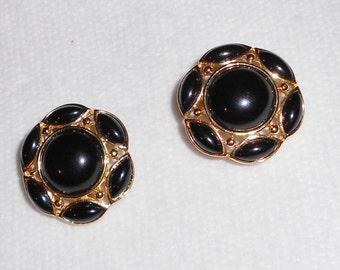 Preppy earrings by Trifari clip on earrings vintage 1980s black on gold abstract earrings