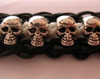 Rainbow Loom Bracelet with Metal Skull Beads - Gift Box