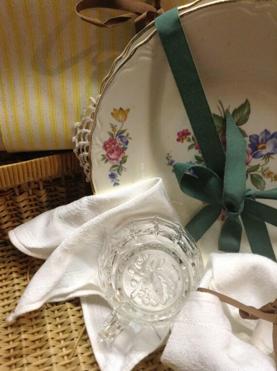 Picnic Basket Dish Set : Vintage picnic set basket dishes for two by minalucinda on