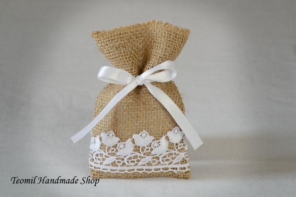 Wedding Gift Bags Burlap : Burlap Wedding Favor Bags Burlap Gift Bags Rustic by Teomil