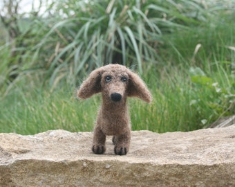 Needle felting kit - Dachshund dog, 100% British wool, suitable for beginners