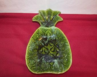 WADE OF CALIFORNIA Pineapple Serving Dish
