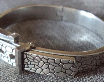how to make living steel belt buckle