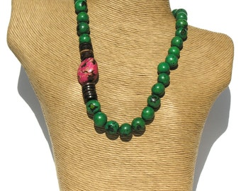 Classic  Green  Pambil- Fuchsia Pink Tagua Seeds Necklace.