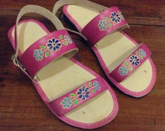 Children's Leather Mexican Shoes- Flip Flops-Sandals-Hippie-BOHO- Handmade Sandals- Flowers- Pink