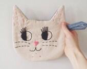 Le Chat : Handmade Embroidered Cat Pot-holder in Pendleton Plaid, Blue Denim Stripe or Herringbone, or Peachy-Pink Wool