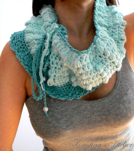 Mint infinity crochet cowl.Handmade texture crochet scarf. Aqua crochet cowl. Fashion winter cowl. Boho crochet scarf. Wool crochet scarf