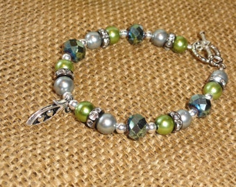 Two Peas in a Pod Beaded Bracelet with Pea Pod Charm