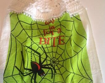 Spider Bite Crochet Top Towel  (H6)