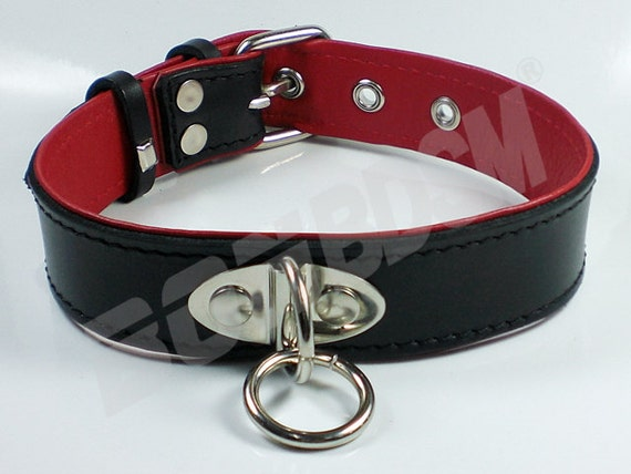 Red leather bondage colloers