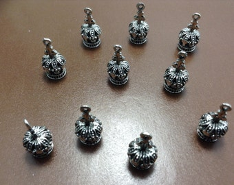 10 pcs crown charms /pendants     for  diy jewelry ( c 254)