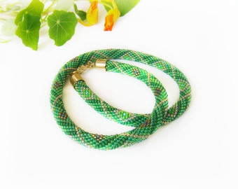 Women gift Green beaded necklace Bead crochet rope necklace Colored seed bead necklace Gardening gift Bedwork modern checkered jewelry