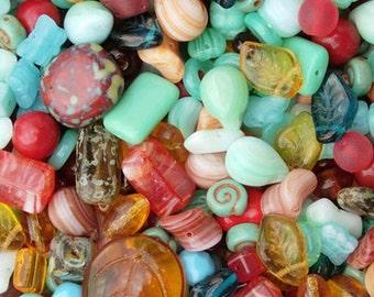 20 grams Old Southwest mix Czech Beads