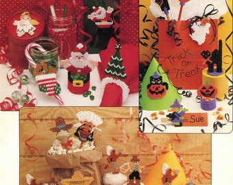 Plastic canvas holly christmas pattern needlecraft ala for 106 door cards