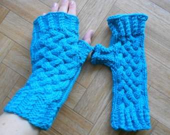 New KC patterns on Ravelry and a mitten-lining tutorial