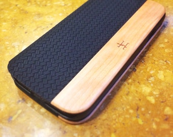 Samsung Galaxy S4 Black Herringbone Leather with American Cherrywood Case