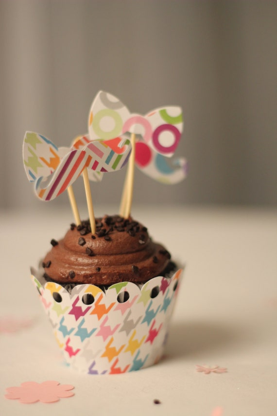 cupcake wrappers and toppers on ety
