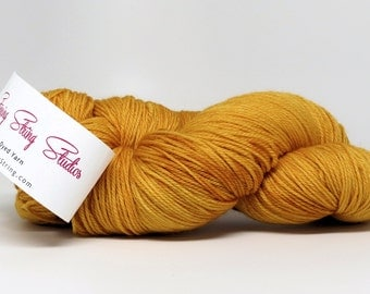 Luxury Fingering Weight - Merino, Cashmere & Nylon - Toasted Gold 100 g - 425 yds